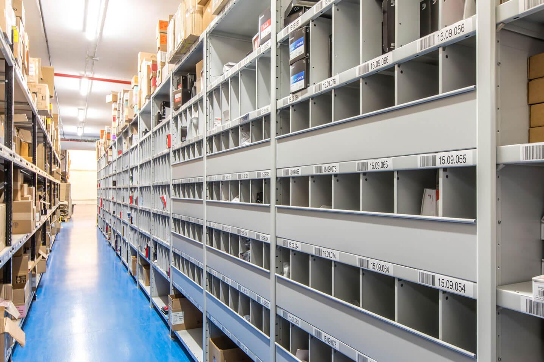Carga ligera industrial estantería gris | POLYPAL STORAGE SYSTEMS