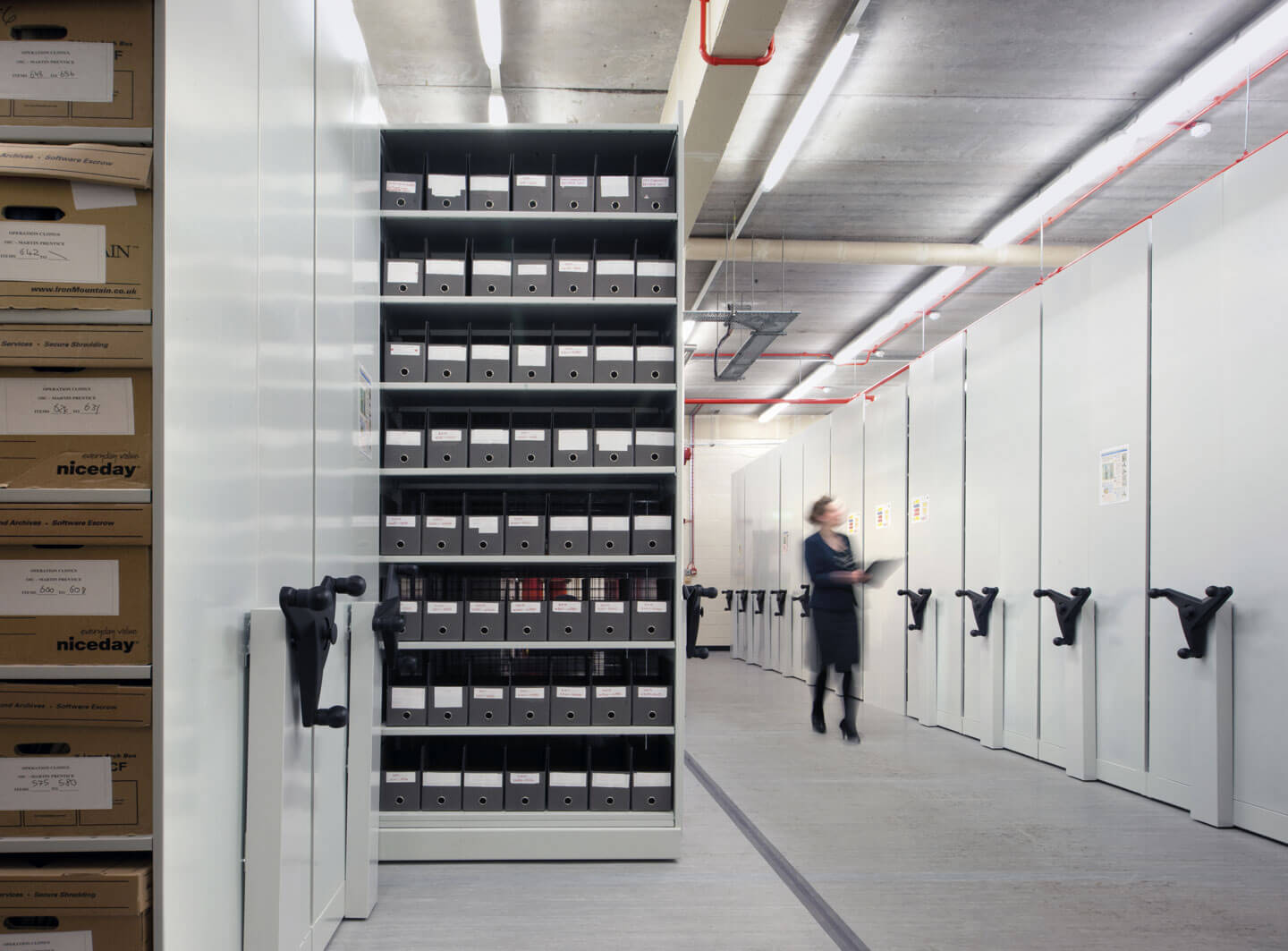 Mobile shelving| POLYPAL STORAGE SYSTEMS