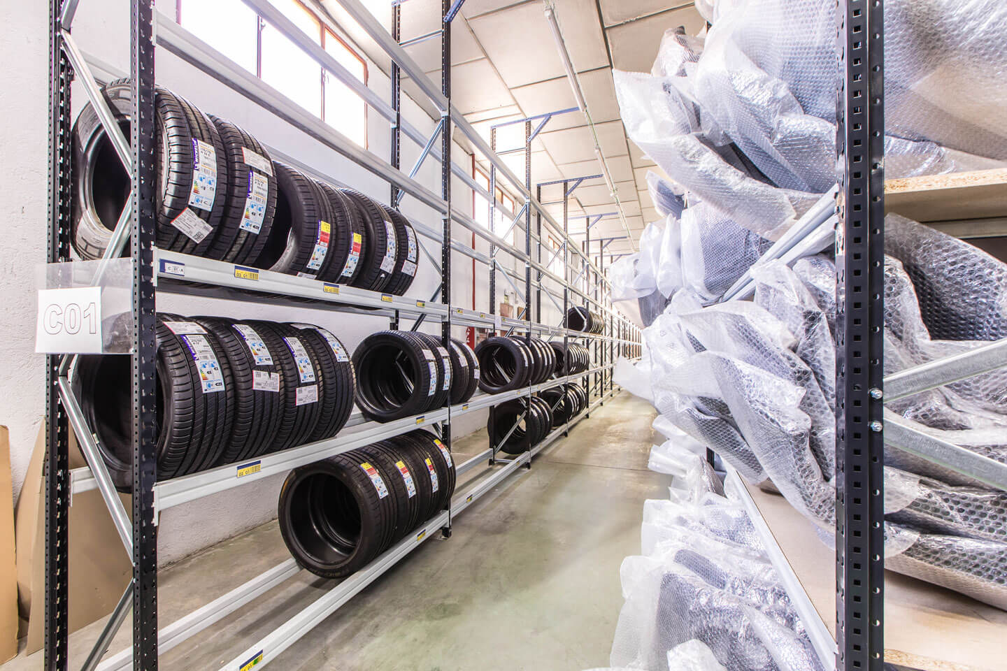 Medium duty with tires | POLYPAL STORAGE SYSTEMS