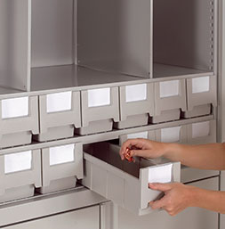 Plastic boxes | POLYPAL STORAGE SYSTEMS