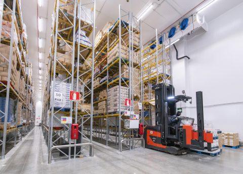 Plataforma logística congelado y refrigerado | POLYPAL STORAGE SYSTEMS